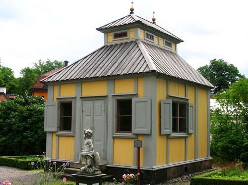 Swedenborgs_lusthus_Skansen_2005-07-29_01